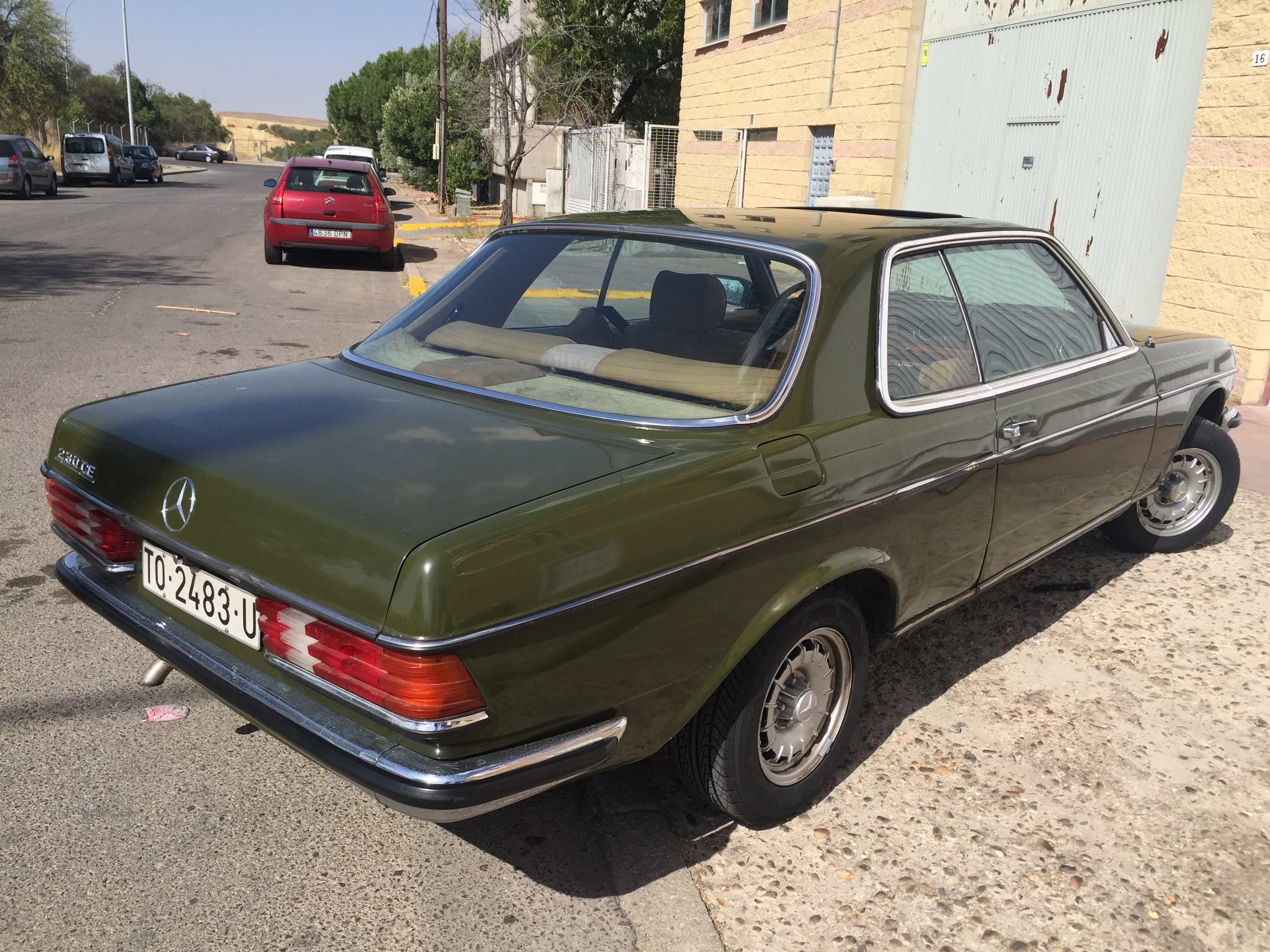 Bl spares mercedes benz 350sl w107 for Spares for mercedes benz